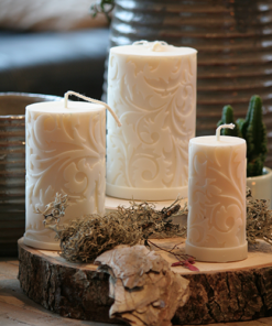 Motive candles
